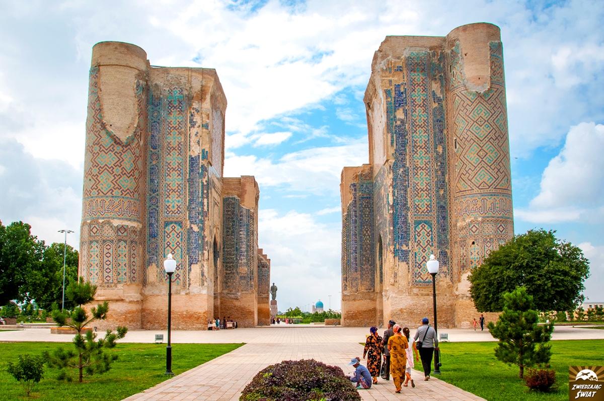 Uzbekistan. Shahrisabz i przejście graniczne Do'stlik-Dostuk