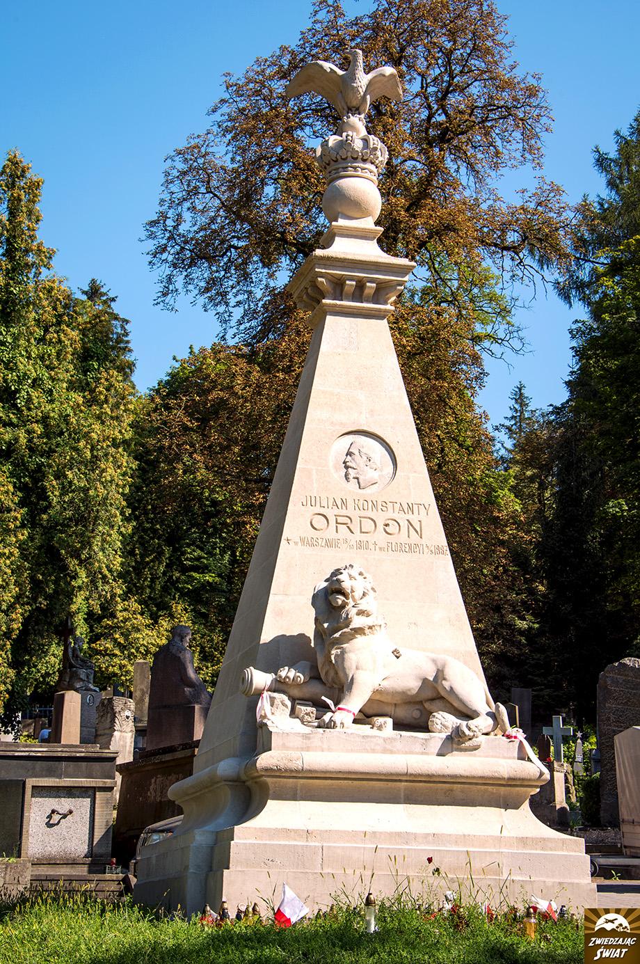pomnik poświęcony XIX-wiecznemu bohaterowi narodowemu Polski J.K. Ordonowi