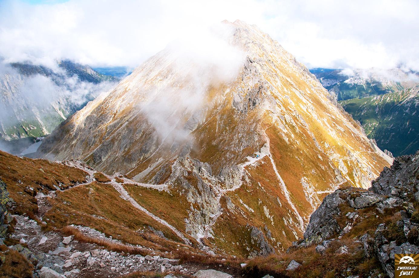 widok ze szlaku na Szpiglasowy Wierch