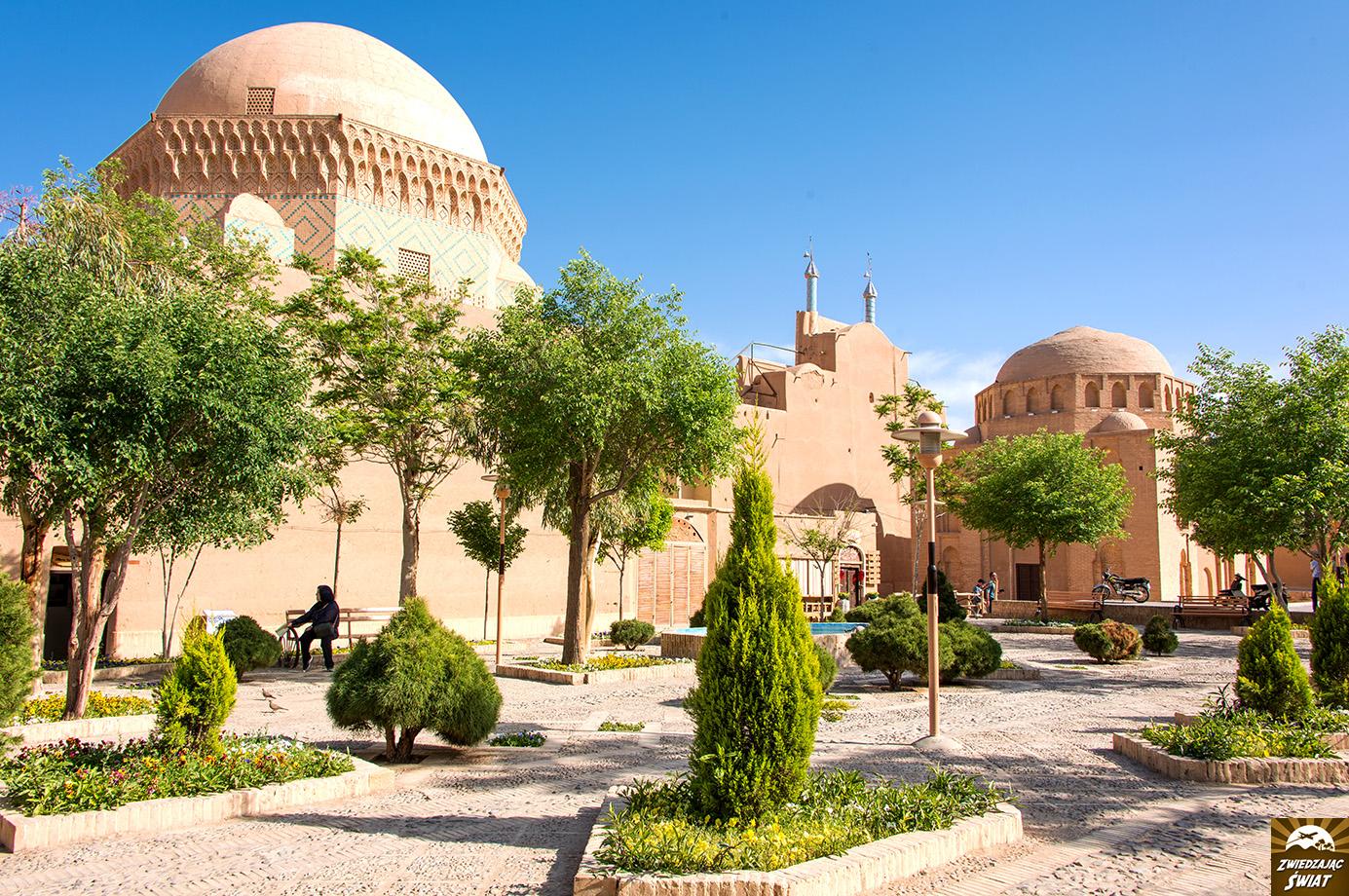 Mauzoleum dwunastu imamów, więzienie Aleksandra Wielkiego, Jazd, Iran