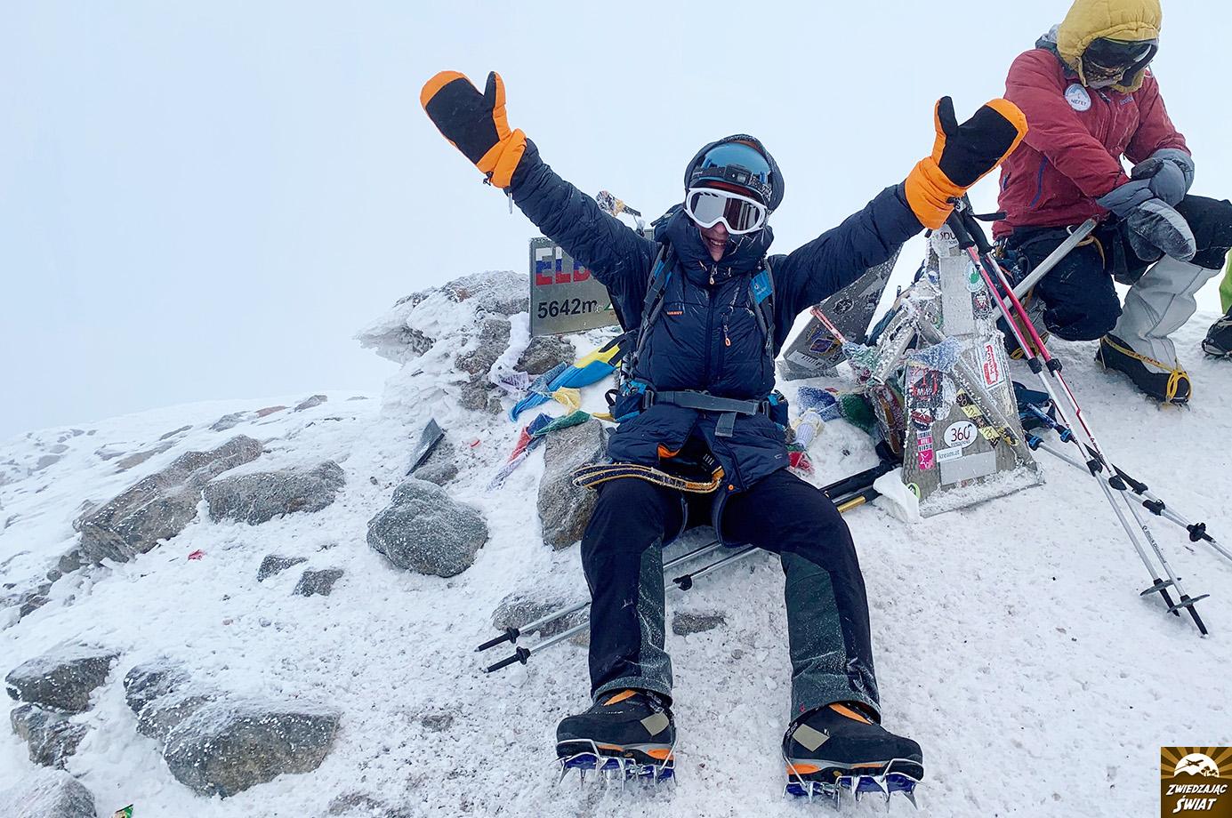 na szczycie Elbrusa